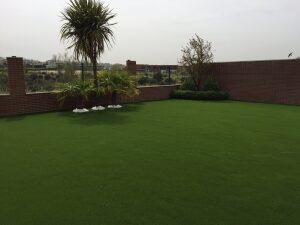 cesped sintetico jardines y terrazas