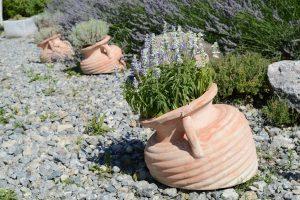 gravas de colores para jardines